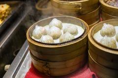 Em China o bolo cozinhado pequeno imagem de stock royalty free