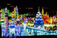 Em fevereiro de 2013 - Harbin, China - gelo internacional e festival da neve Fotos de Stock Royalty Free
