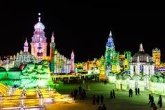 Em fevereiro de 2013 - Harbin, China - gelo internacional e festival da neve Imagens de Stock