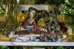 """Em julho de 2017 China do †de """"carvings bonitos do estilo chinês do †Kaiping, """"em uma arcada coberta no complexo do jardim de fotos de stock royalty free"""