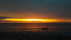 Em julho de 2017 Puerto Vallarta, México - barco de pesca em um por do sol Fotografia de Stock Royalty Free