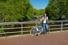 Em linha em Amsterdão Foto de Stock
