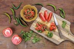 Em processo de fazer a salsa Imagem de Stock