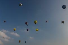 Em setembro de 2014, warstein, Alemanha, balões de ar quente no céu Imagens de Stock Royalty Free