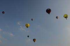 Em setembro de 2014, warstein, Alemanha, balões de ar quente no céu Fotografia de Stock
