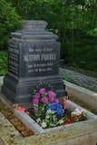 Em St Petersburg a sepultura restaurada de Gustavovich Faberge Agathon 1862-1895 Imagens de Stock