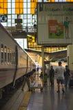 Em torno de Banguecoque a estação de trem ou Hua Lamphong Station são a estação de trem principal em Banguecoque, Tailândia Imagem de Stock Royalty Free