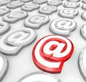 Email en el símbolo para la comunicación del Web del Internet Imagen de archivo libre de regalías
