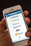 Email på mobil. fotografering för bildbyråer