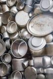 Emaljerade krukor och koppar som tillverkas i duri för fabrik för Schindler ` s Arkivfoto