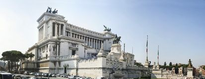 emanuele ii monumentrome vittorio Royaltyfria Foton