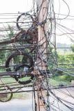 Emaranhado dos cabos e do fio Fotografia de Stock
