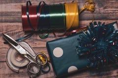 Embalaje de los regalos Fotos de archivo libres de regalías