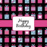 Embalaje de regalos de cumpleaños Imagenes de archivo