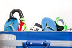 Embalando uma mala de viagem Fotos de Stock