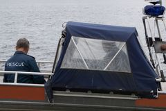 Emballage de bateau de sauvetage côtier de port images libres de droits