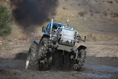 Emballage de boue de tracteur Image libre de droits