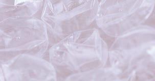 Emballage du film avec des bulles banque de vidéos