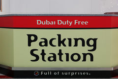 Emballage för Dubai arbetsuppgiftavgift Arkivbilder