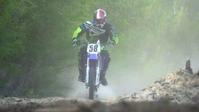 Emballage tous terrains de motocross d'Enduro la poussière de dessous les roues clips vidéos