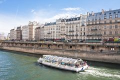 Embankment of the river Seine Royalty Free Stock Photography