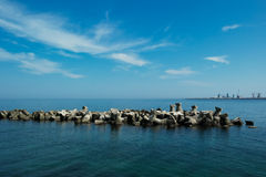 Embankment in the sea Royalty Free Stock Photos