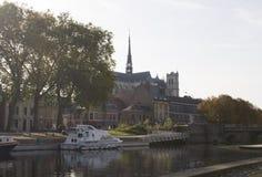Embanquement in Amiens lizenzfreie stockbilder