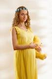 Embarazado con el juguete Fotos de archivo