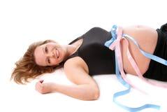 Embarazado con los gemelos. imagen de archivo libre de regalías