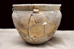 Embarcação cerâmica antiga, cultura de Trypillian, Ucrânia, milênio 4 BC imagem de stock royalty free