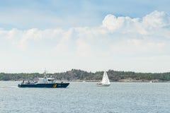Embarcação de fiscalização sueco KBV313 da guarda costeira corrente imagens de stock royalty free