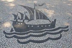 Embarcação de navigação do pavimento de Lisboa Imagens de Stock