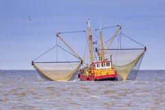 Embarcação holandesa de trabalho do cortador da pesca do camarão Foto de Stock Royalty Free