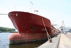 Embarcação na porta Imagens de Stock