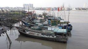 Embarcadero繁体中文渔船Aojian温州 免版税图库摄影