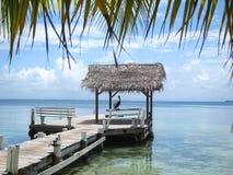 Embarcadero, agua del sur Caye Foto de archivo libre de regalías