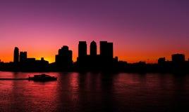Embarcadero amarillo, puesta del sol del verano Fotos de archivo libres de regalías
