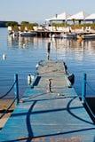 Embarcadero azul en Forio, isquiones foto de archivo