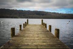 Embarcadero con la opinión del lago Fotografía de archivo libre de regalías