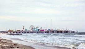 Embarcadero de acero, parque de atracciones primero de Atlantic City Imágenes de archivo libres de regalías