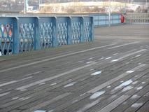 Embarcadero de Chatham, pasando por alto el río Medway imagen de archivo libre de regalías