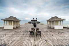 Embarcadero de Cromer en Norfolk Fotos de archivo libres de regalías