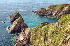 Embarcadero de Dunquin de la península en Irlanda. Fotografía de archivo libre de regalías