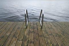 Embarcadero de la natación en el lago fotografía de archivo libre de regalías