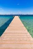 Embarcadero de la playa de Mallorca Platja de Alcudia en Majorca Fotos de archivo