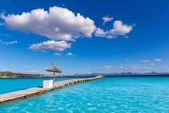 Embarcadero de la playa de Mallorca Platja de Alcudia en Majorca Imagenes de archivo