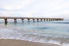 Embarcadero de la playa del pompano, la Florida Imagen de archivo libre de regalías