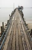 Embarcadero de madera Ko Samui Tailandia Foto de archivo