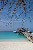 Embarcadero de madera - Maldivas Imagen de archivo libre de regalías
