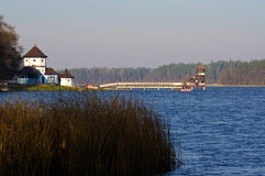 Embarcadero de Skocznia - de Olecko imágenes de archivo libres de regalías